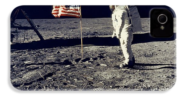 Man On The Moon IPhone 4 Case by Neil Armstrong/Underwood Archive