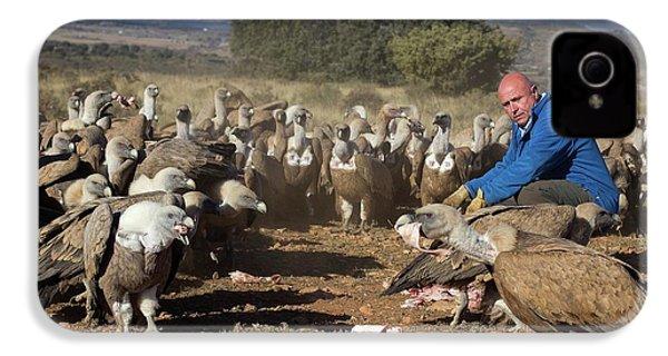 Griffon Vulture Conservation IPhone 4 / 4s Case by Nicolas Reusens