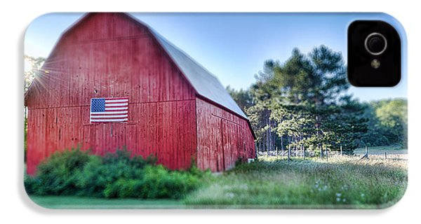IPhone 4 Case featuring the photograph American Barn by Sebastian Musial
