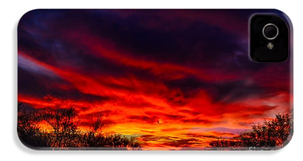 IPhone 4 Case featuring the photograph Another Tucson Sunset by Mark Myhaver