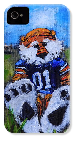 Aubie With The Cows IPhone 4 Case