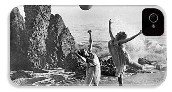 Beach Ball Dancing IPhone 4 / 4s Case by Underwood Archives