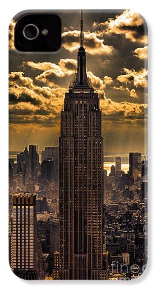 Brilliant But Hazy Manhattan Day IPhone 4 Case