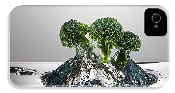 Broccoli Freshsplash IPhone 4 / 4s Case by Steve Gadomski