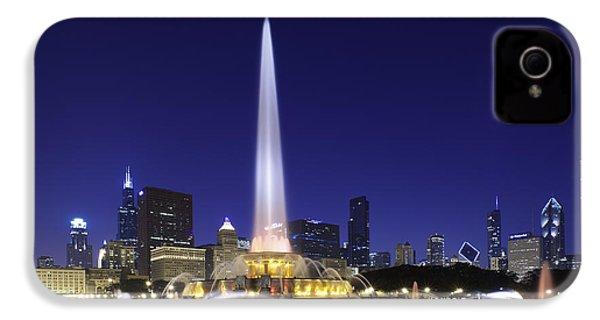 Buckingham Fountain IPhone 4 / 4s Case by Sebastian Musial