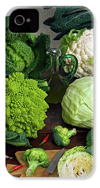 Cabbages -clockwise- Broccoli IPhone 4 / 4s Case by Nico Tondini