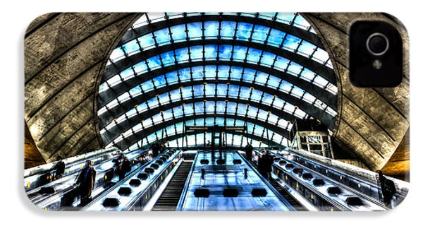 Canary Wharf Station IPhone 4 Case by David Pyatt