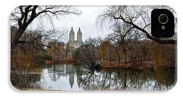 Central Park And San Remo Building In The Background IPhone 4 / 4s Case by RicardMN Photography