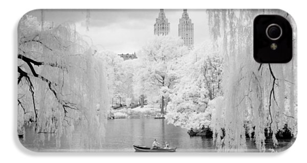 IPhone 4 Case featuring the photograph Central Park Lake-infrared Willows by Dave Beckerman