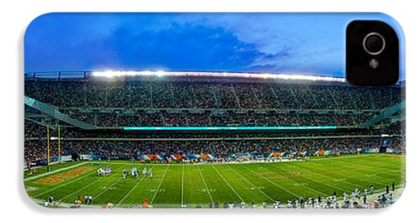 Chicago Bears At Soldier Field IPhone 4 / 4s Case by Steve Gadomski