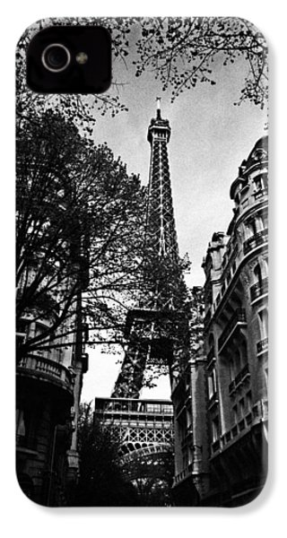 Eiffel Tower Black And White IPhone 4 Case by Andrew Fare