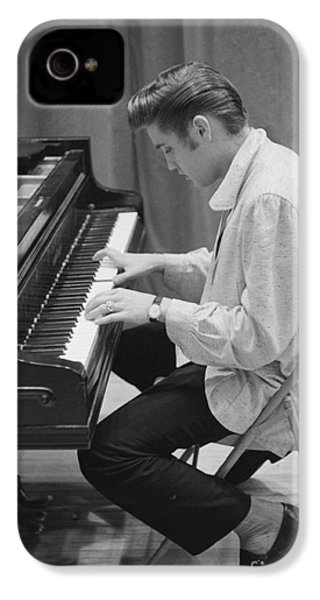 Elvis Presley On Piano While Waiting For A Show To Start 1956 IPhone 4 Case by The Harrington Collection