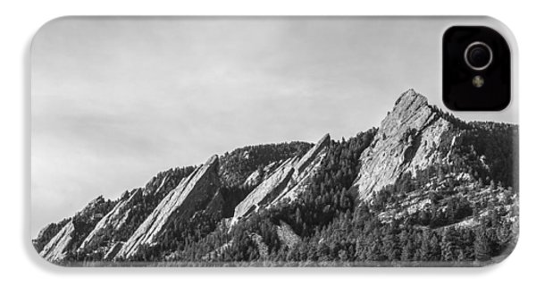 Flatirons B W IPhone 4 Case by Aaron Spong