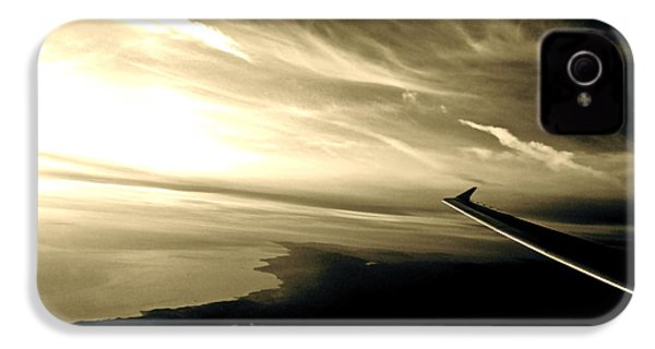 From The Plane IPhone 4 / 4s Case by Gwyn Newcombe
