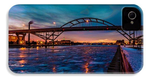 Frozen Hoan Bridge IPhone 4 Case