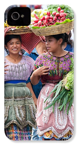 Fruit Sellers In Antigua Guatemala IPhone 4 / 4s Case by David Smith