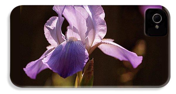 Iris Aglow IPhone 4 / 4s Case by Rona Black