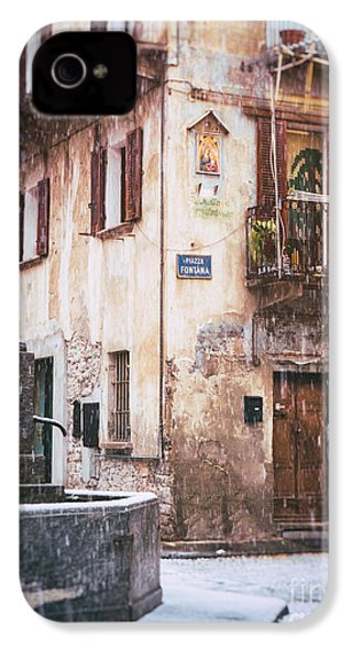 IPhone 4 Case featuring the photograph Italian Square In  Snow by Silvia Ganora