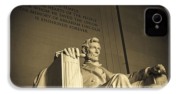 Lincoln Statue In The Lincoln Memorial IPhone 4 / 4s Case by Diane Diederich