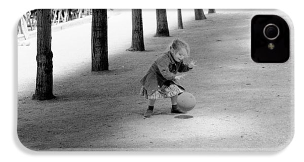 Little Girl With Ball Paris IPhone 4 Case by Dave Beckerman