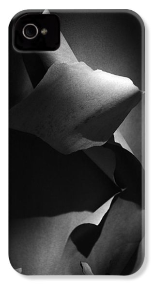 IPhone 4 Case featuring the photograph Madrona Bark Black And White by Yulia Kazansky