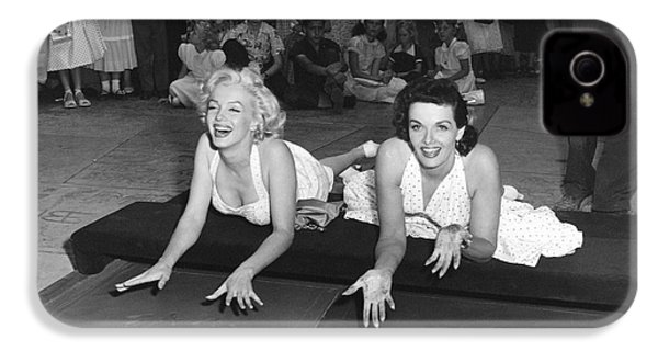 Marilyn Monroe And Jane Russell IPhone 4 / 4s Case by Underwood Archives