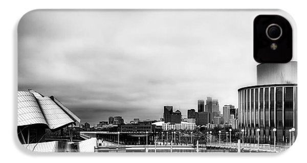 Minneapolis From The University Of Minnesota IPhone 4 Case by Tom Gort