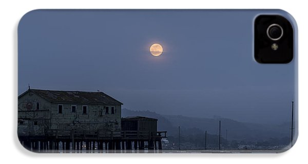 Moonrise Over The Harbor IPhone 4 Case