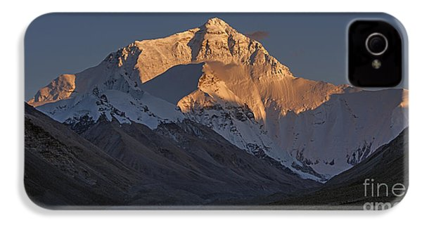 Mount Everest At Dusk IPhone 4 Case by Hitendra SINKAR