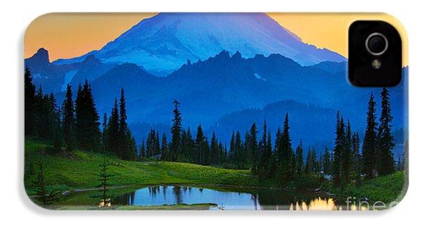 Mount Rainier Goodnight IPhone 4 Case by Inge Johnsson