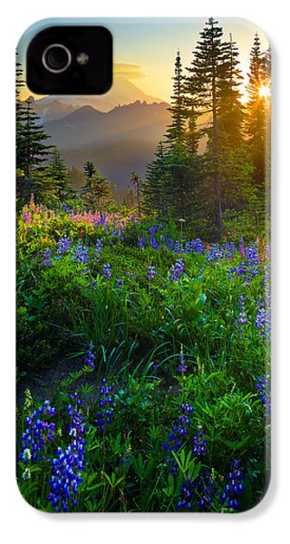 Mount Rainier Sunburst IPhone 4 Case