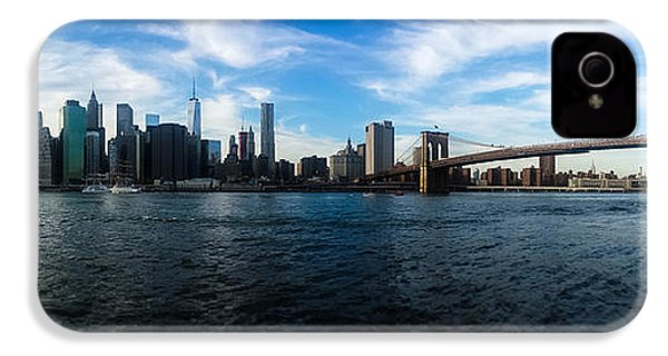New York Skyline - Color IPhone 4 Case by Nicklas Gustafsson
