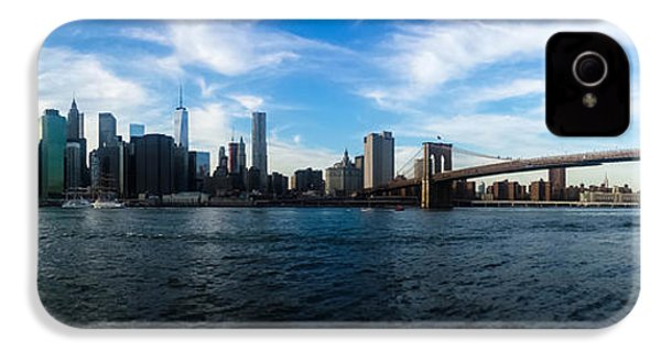 New York Skyline - Color IPhone 4 / 4s Case by Nicklas Gustafsson