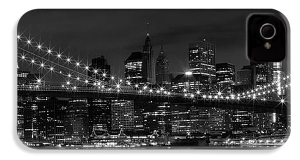 Night-skyline New York City Bw IPhone 4 / 4s Case by Melanie Viola