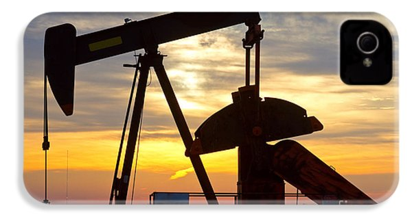 Oil Pump Sunrise IPhone 4 Case