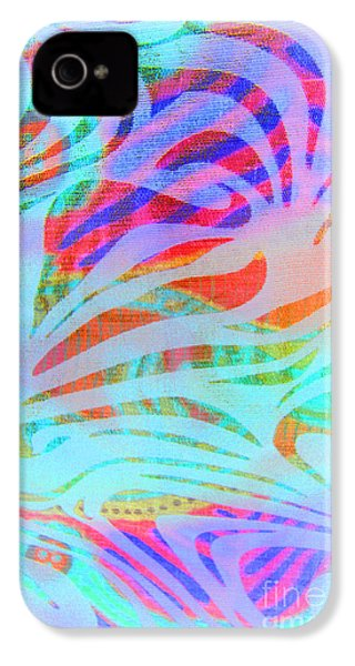 IPhone 4 Case featuring the photograph Pacific Daydream by Nareeta Martin