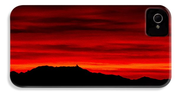 IPhone 4 Case featuring the photograph Painted Sky 36 by Mark Myhaver