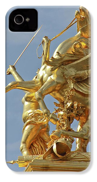 Pegasus Statue At The Pont Alexander IPhone 4 / 4s Case by William Sutton
