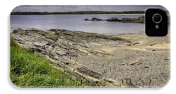 IPhone 4 Case featuring the photograph Quiet Cove by Mark Myhaver