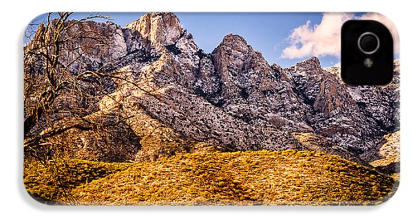 IPhone 4 Case featuring the photograph Rocky Peaks by Mark Myhaver