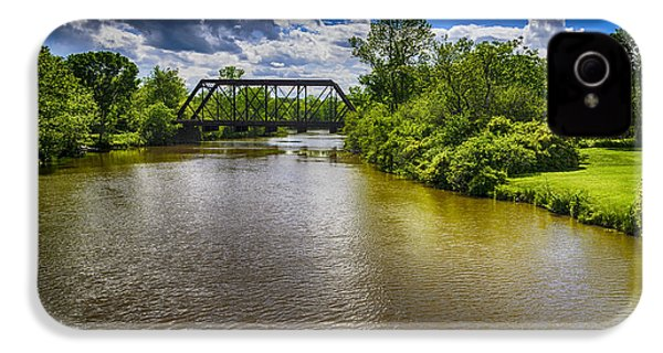 IPhone 4 Case featuring the photograph Royal River by Mark Myhaver