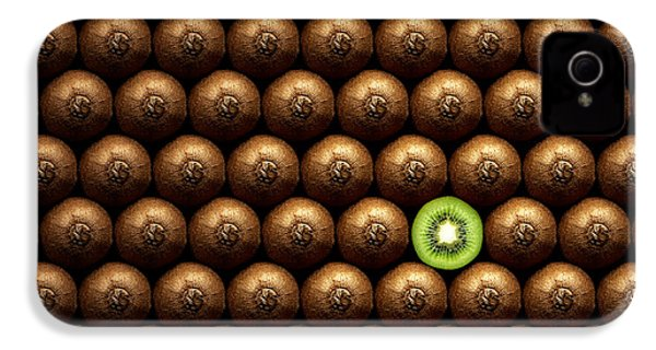 Sliced Kiwi Between Group IPhone 4 / 4s Case by Johan Swanepoel