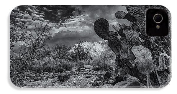 IPhone 4 Case featuring the photograph Sonoran Desert 15 by Mark Myhaver