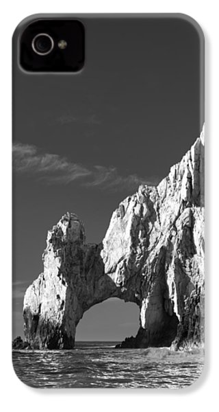The Arch In Black And White IPhone 4 / 4s Case by Sebastian Musial