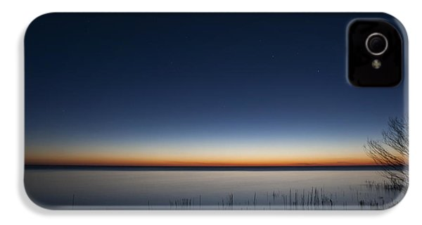 The First Light Of Dawn IPhone 4 Case by Scott Norris