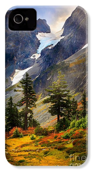 Top Of Cascade Pass IPhone 4 Case by Inge Johnsson
