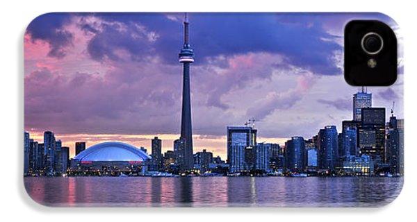 Toronto Skyline IPhone 4 Case