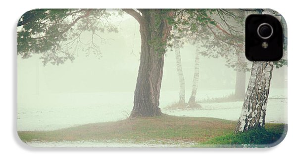 IPhone 4 Case featuring the photograph Trees In Fog by Silvia Ganora