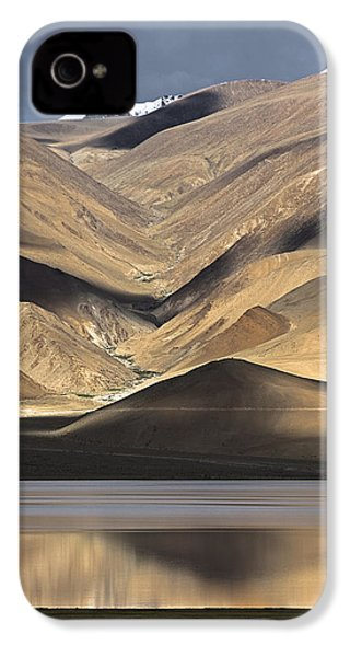 Golden Light Tso Moriri, Karzok, 2006 IPhone 4 Case by Hitendra SINKAR