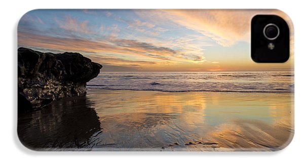 Warm Glow Of Memory IPhone 4 Case by Alex Lapidus